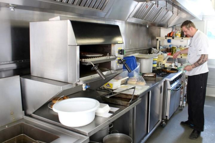 Tennant Auction Temporary Kitchen