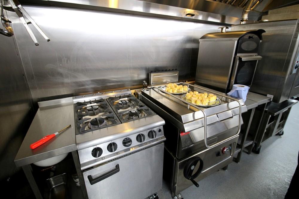 PKL KitchenPod at High Ash School