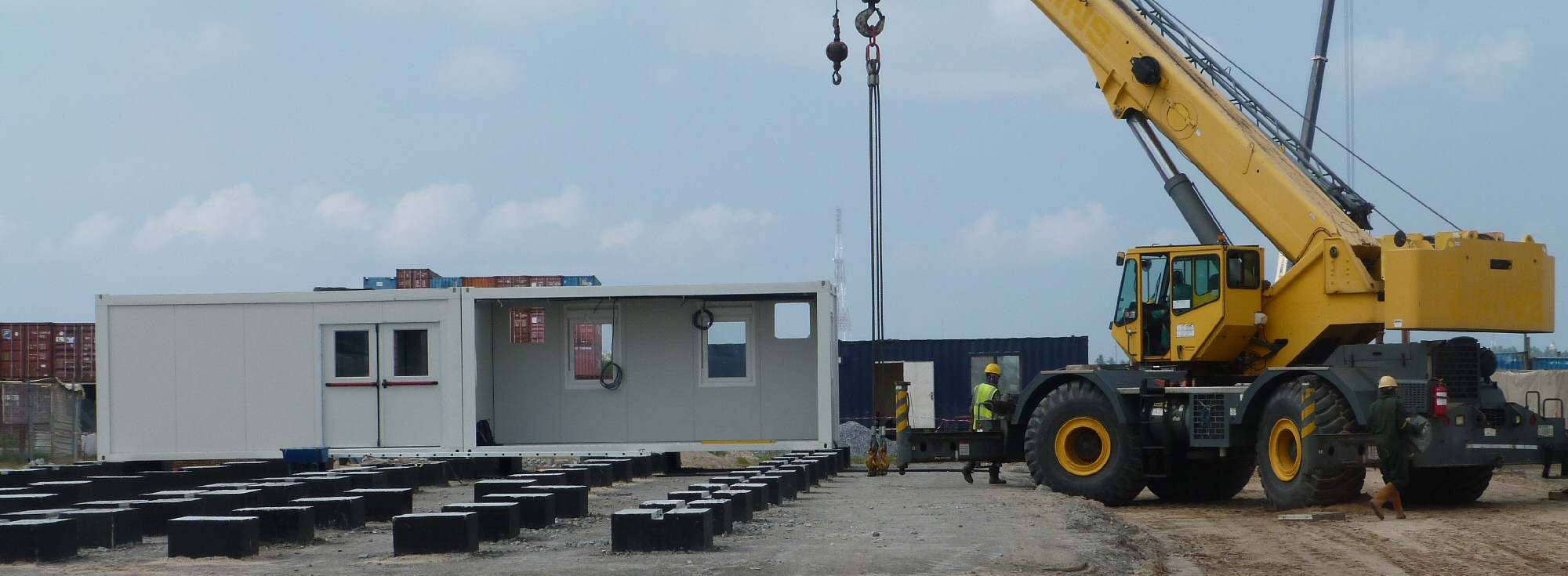 Remote site kitchen and dining construction